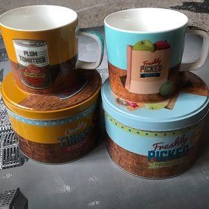 New 2 Mugs in Tin